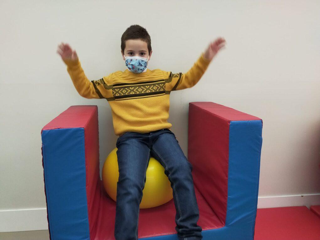 Rehabilitación neurológica y física en niños